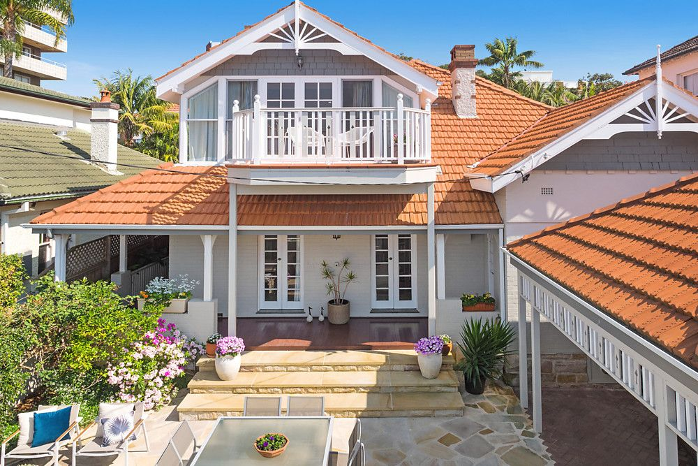 2 Lawson Place, Manly