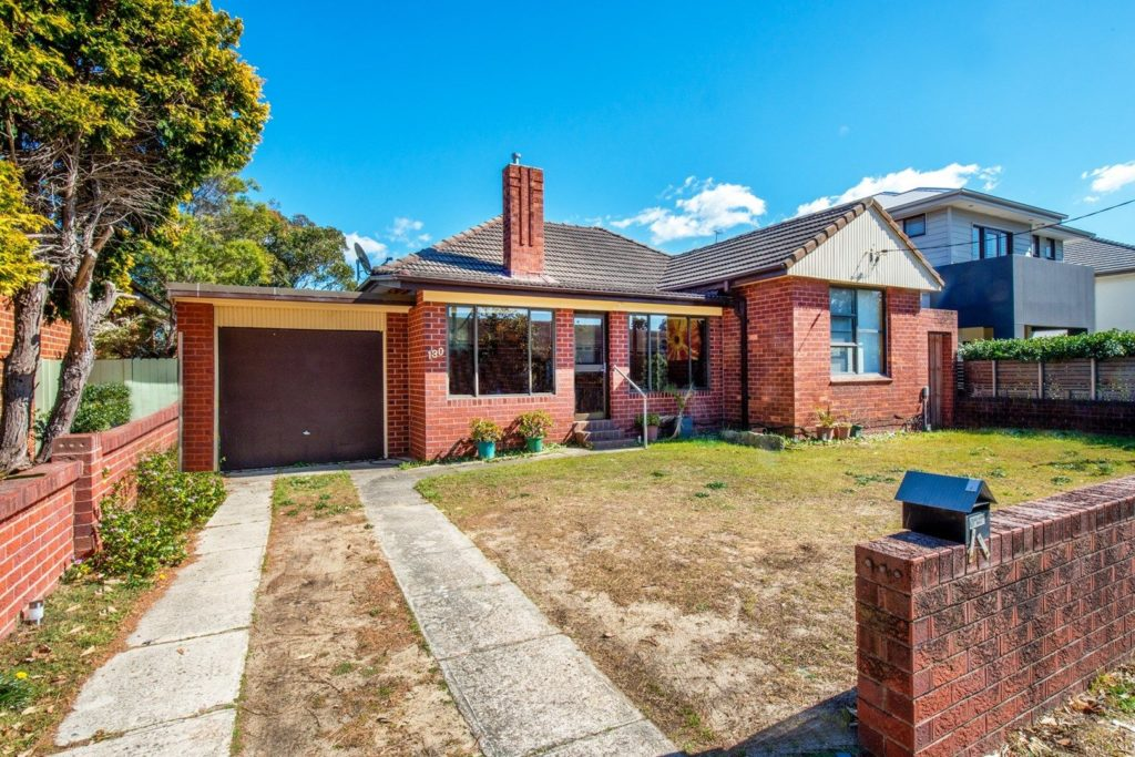 130 Moverly Rd, Sth Coogee