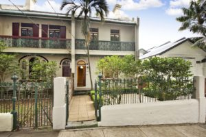 12 Chesterfield Pde Bronte